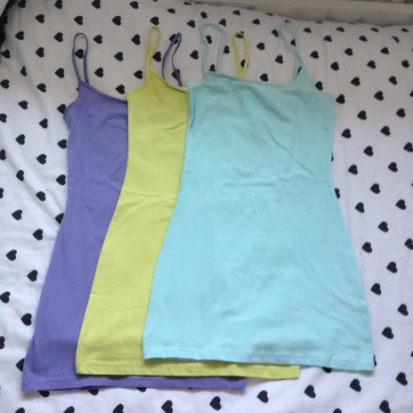 These were the three vests I bought intended for pyjama's. Simple stretch jersey vests in pastel colours and at only £3.99 each you don't have to be too precious about washing them, although in my experience with H&M vests, they've always washed really good and lasted years.